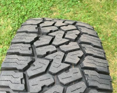 New Jersey - Stock Rubicon Wheels and Tires + Spare $1000 24k miles