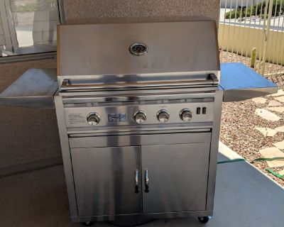 Summerset gas grill with rotisserie