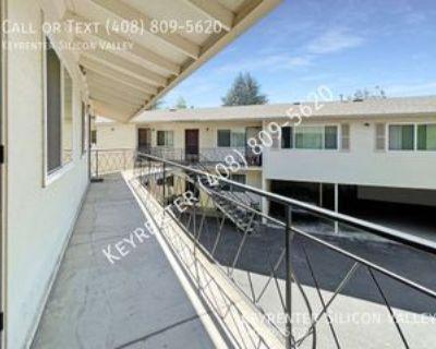 4318 Collins Ct #8, Palo Alto, CA 94040 1 Bedroom Apartment