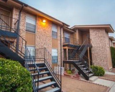 11062 Vista Del Sol Dr, El Paso, TX 79935 2 Bedroom Apartment