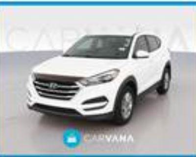 2017 Hyundai Tucson White, 53K miles
