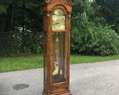 Furniture, Collectibles, Home Decor, Shed Finds and More in Londonderry, NH (Shipping and Local Pick