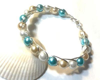 Beachy Summer Pearl Bangle Bracelet