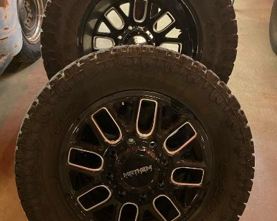 20 mayhem dually wheels wrapped with 35 toyos - - SMOKIN DEAL - - to a good RAM Home $2500 or best