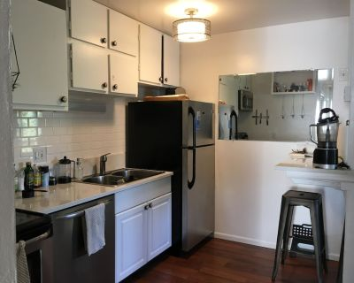 Perfect 2 BDR in Boulder with Office Space - Glenwood Grove - North Iris