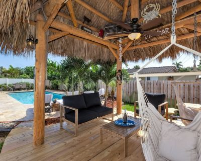 Perfect Beach House! Large 3/2w/ Heated Pool, Tiki, Covered Lanai-2M from Beach - Garden Isles