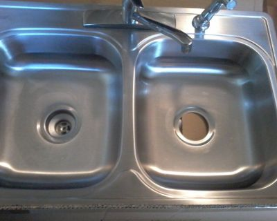 """Used Luxury Line 33""""x 22""""x 6"""" Double Bowl Sink with faucet and sprayer"""