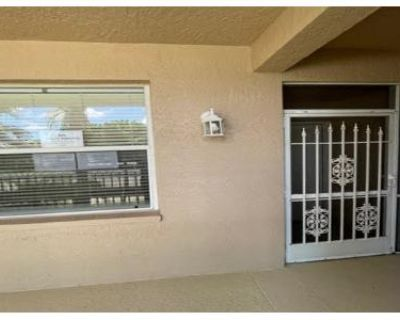 2 Bed 2.0 Bath Foreclosure Property in Fort Myers, FL 33966 - Queen Palm Ln Apt 424
