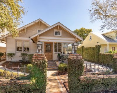 Coquille Cottage located in Historic Madisonville - Madisonville