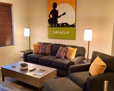Nicely Decorated One Bedroom Condo in La Quinta - Village