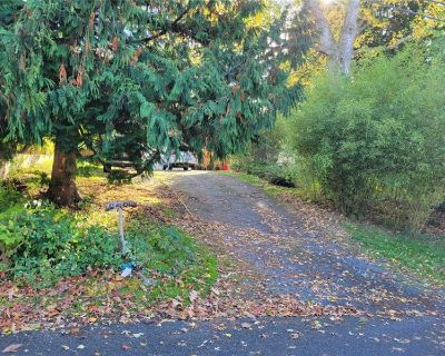 Just Listed! Endless Possibilities in Mountlake Terrace (MLS# 1856383) By Kevin Meyer
