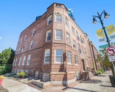 5764 Woodward Ave #6, Detroit, MI 48202 3 Bedroom Condo
