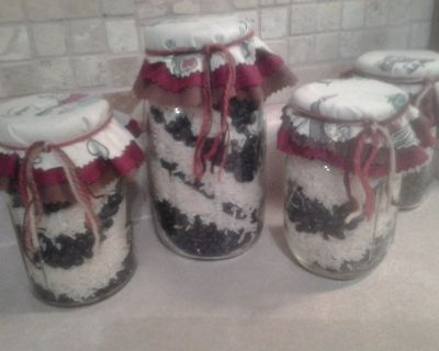 Kitchen Decor Ball Mason Jars Filled w/Black Beans & Rice NEW! Assemble by Crafter
