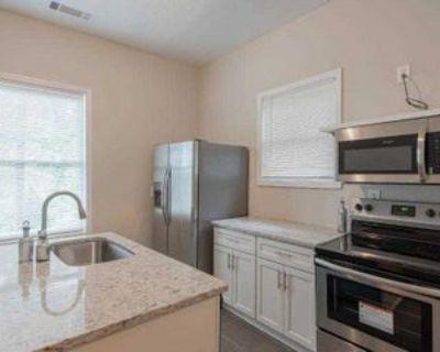 Room for Rent - a 5 minute walk to bus 95, Atlanta, GA 30310 2 Bedroom House