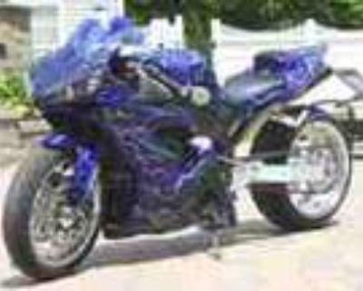 2004 Yamaha Yzf R1 Custom