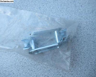 Porsche / VW Clutch Cable Clip 211 721 351 A