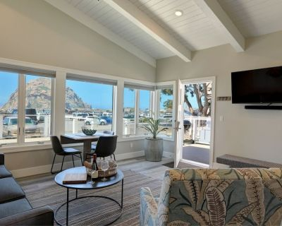 Morro Rock views, rooftop dining ~Salty Sister 1Bdrm condo/suite Spinnaker - Morro Bay