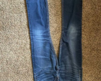 Sliver Jeans 29/33 Tuesday Mid slim boot $10