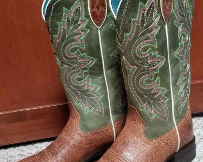 ARIAT Women's Size 6 Boots For Sale