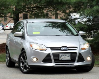 Used 2013 Ford Focus 4dr Sdn SE LEATHER