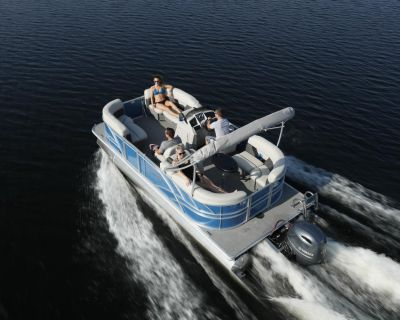 2022 Sylvan 820 LZ Mirage