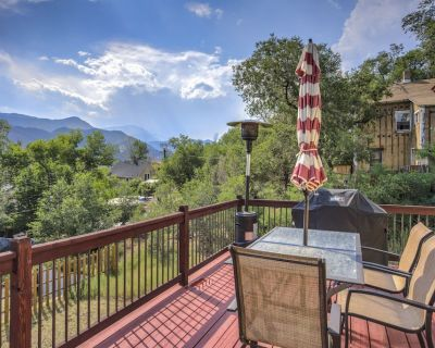 2BR Downtown OCC Mountain Views & Grill - Old Colorado City