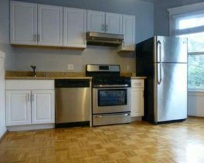 16th St, San Francisco, CA 94158 3 Bedroom Apartment