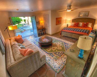 Private luxury guest suite near downtown - El Mirador