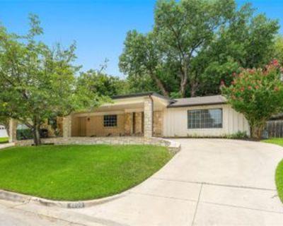 4509 Starlight Dr, Haltom City, TX 76117 3 Bedroom Apartment
