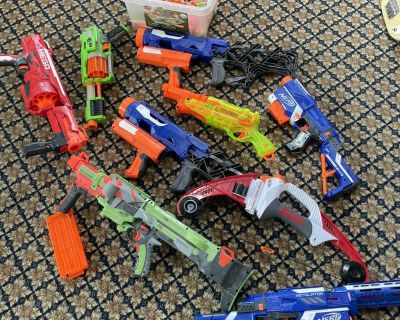 9 nerf guns and some bullets