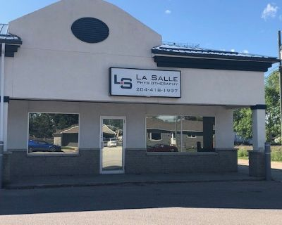 Office/ Retail Space in La Salle-Professional Plaza