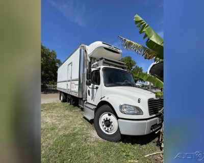 2019 Freightliner Business Class M2 106 Reefer/Refrigerated Truck