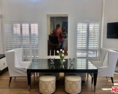 9033 Vista Grande St #PH, West Hollywood, CA 90069 2 Bedroom Apartment