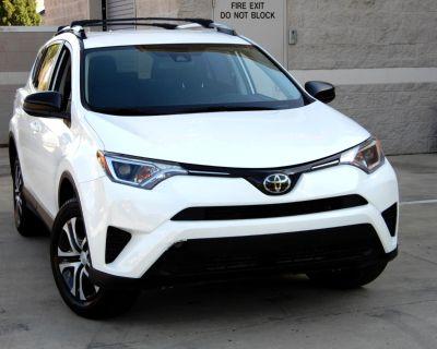 2018 Toyota RAV4 LE AWD (Natl)