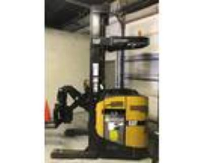 2006 Electric Cat Electric Man Down Swing Reach Turret