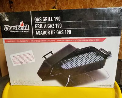 NEW Char-Broil gas grill (needs tank)