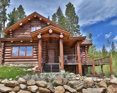 Downtown Luxury Log Lodge With Hot Tub & Great Views - FREE Activities & Equipment Rentals Daily - Winter Park