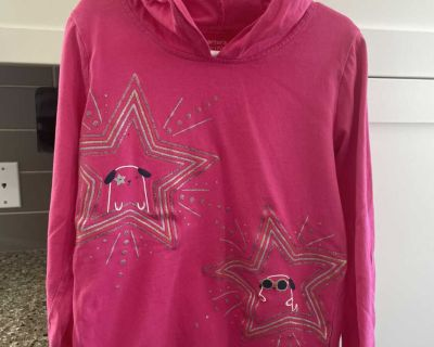 Size 7 long sleeve hooded top