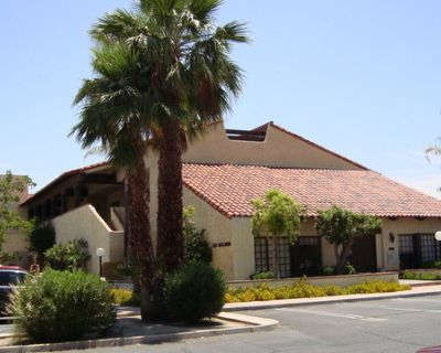 1111 TAHQUITZ CANYON WAY #111, PALM SPRINGS, CA. 92262