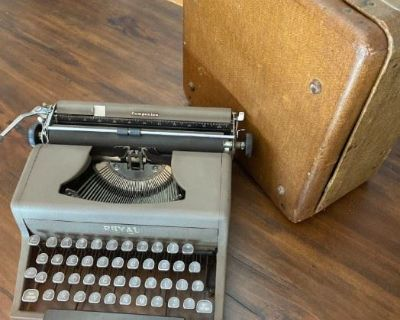 FURNITURE, VINTAGE AND ANTIQUE ITEMS, COLLECTIBLES AND MUCH MORE IN HISTORIC HARPERS FERRY