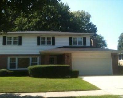 2115 E Euclid Ave, Arlington Heights, IL 60004 4 Bedroom House