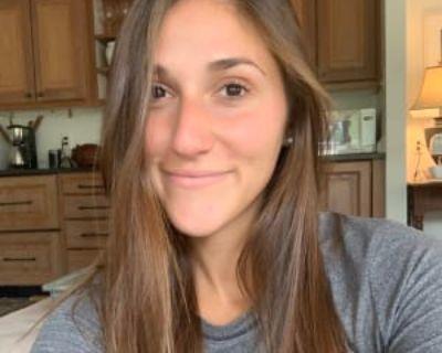 Valerie, 26 years, Female - Looking in: Denver CO