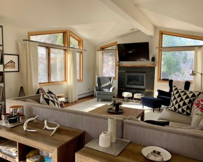 Spacious, Bright Penthouse Condo Mins to Vail & BC-great for families & couples - Eagle-Vail