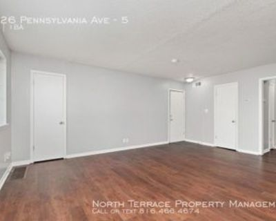 4526 Pennsylvania Ave #5, Kansas City, MO 64111 1 Bedroom Apartment