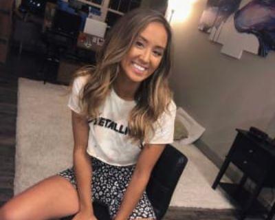 Sarah, 23 years, Female - Looking in: Denver CO