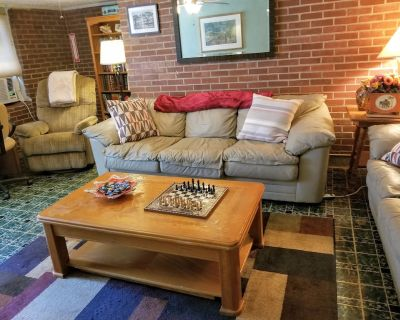 Cozy 2BR apartment with king bed, near downtown ATL - Atlanta