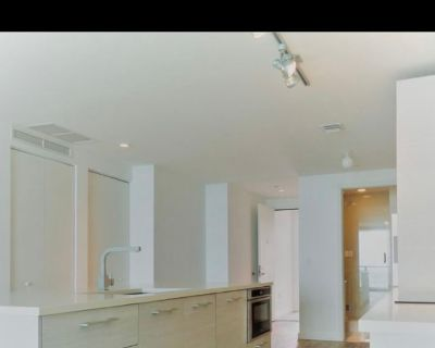 Private room with own bathroom - Miami , FL 33137