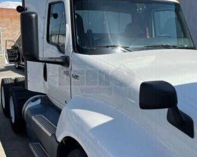 2019 International LT625 Day Cab Semi Truck Cummins X-15