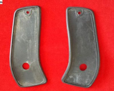 Rubber Gaskets a pair for Rear reflectors 70-71