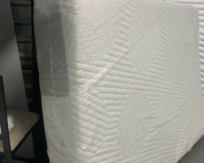 Queen casper nova hybrid mattress-much CHEAPER